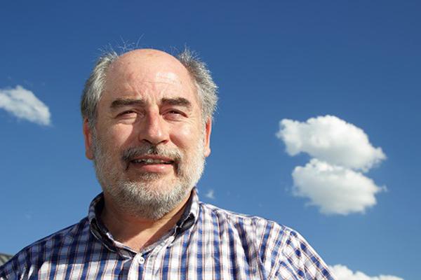 Salvador Gil, Ingeniero